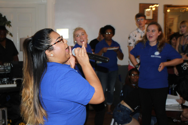 Karaoke with peer leaders and new students