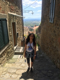 Sindelt Flores, a Business Major, studies the Italian language at the Umbra Institute in Perugia, Italy.