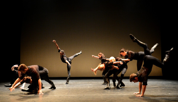 Choreography by Lar Lubovtich, Photo by Eduardo Patino